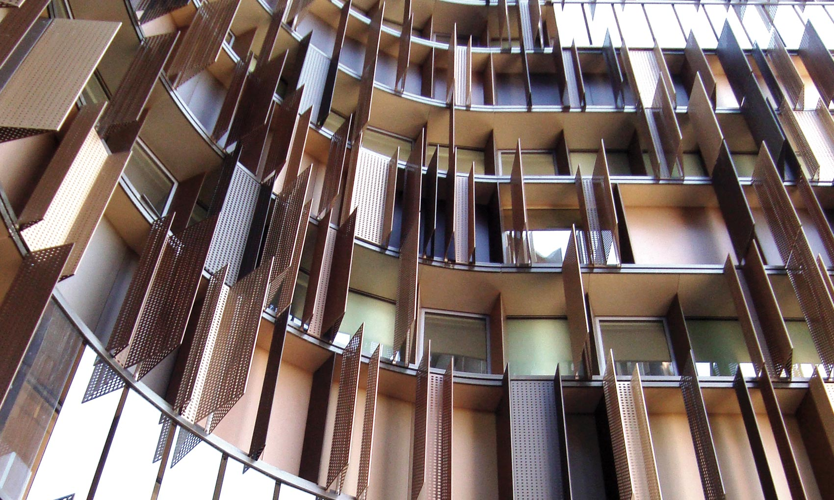 Gualini • Curtain walls with thermalbreak modules