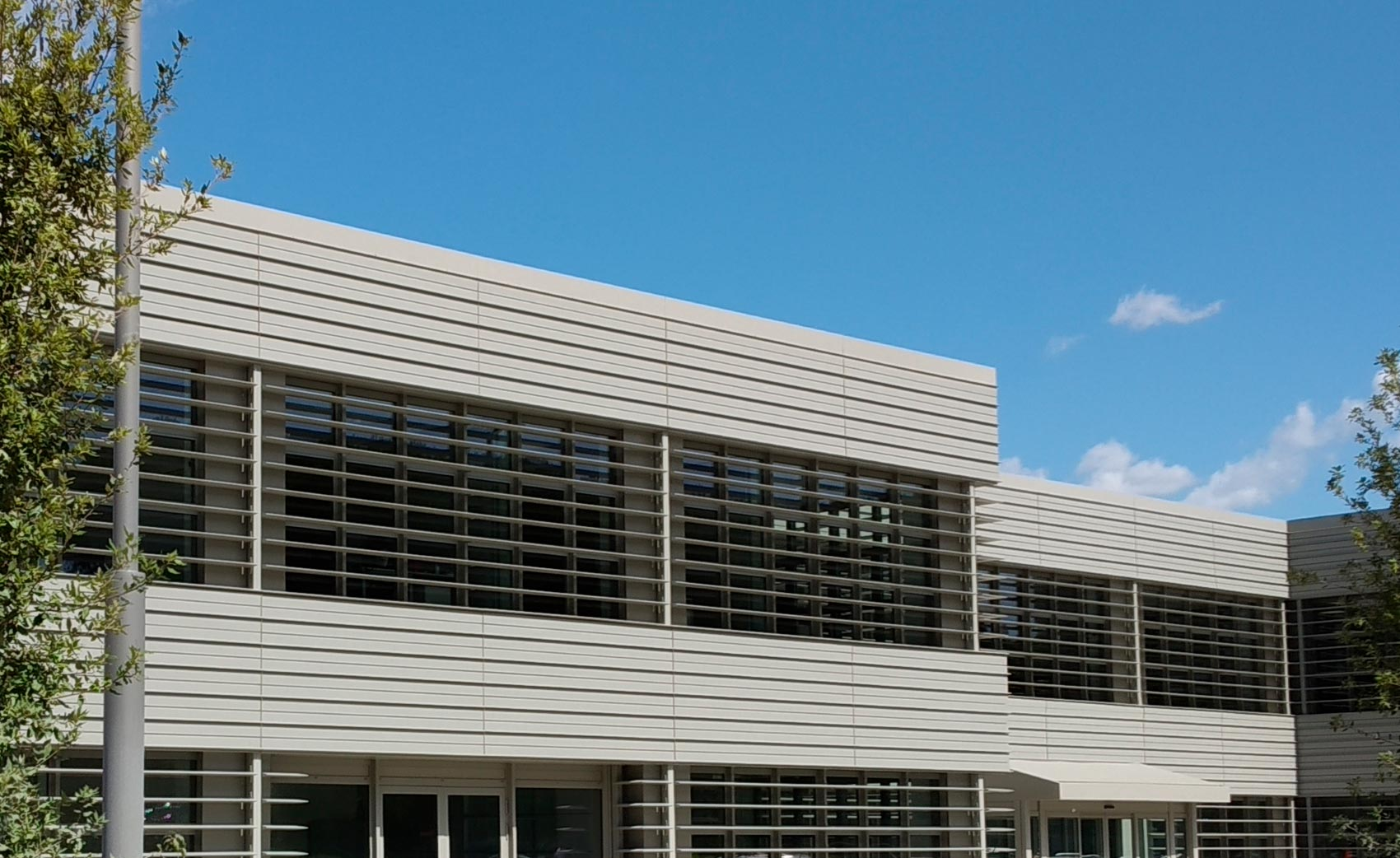 Curtain walls and windows CGT Roma sede